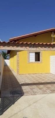 Casa Na Praia Com 2 Dormitórios Em Itanhaém/sp 7025-pc