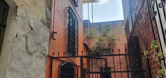 Excelente Casa Con Muy Buena Uibicacion Para Renta