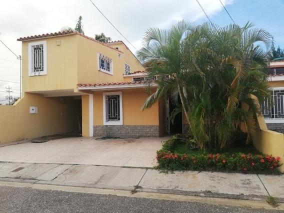 Casa En Venta La Mora Cabudare 20-5337 J&m 0412 0580381