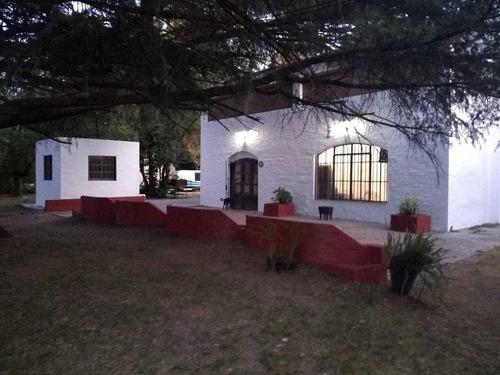 Ruta 36  3899, El Pato, Berazategui
