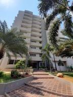Apartamento En Venta Milagro Norte Maracaibo Mls # 20-1373