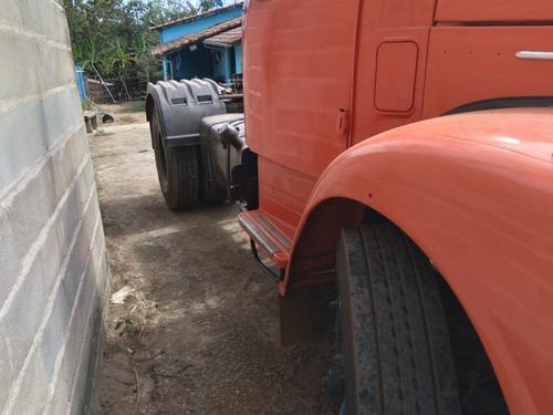 Scania 111 S Cabininha
