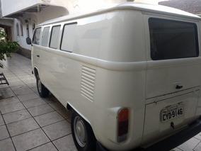 Antiga Kombi Karmann-guia 1990