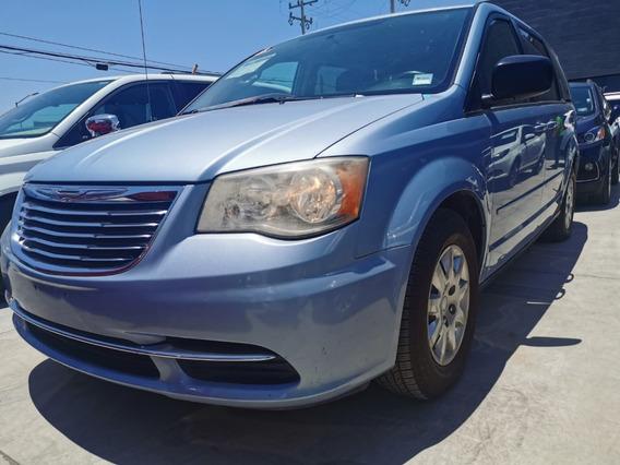 Chrysler Town & Country Lx, V6, Aut, Color Azul, Modelo 2013