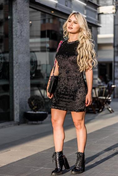 Vestido Feminino Preto Curto Em Veludo Canelado P E M