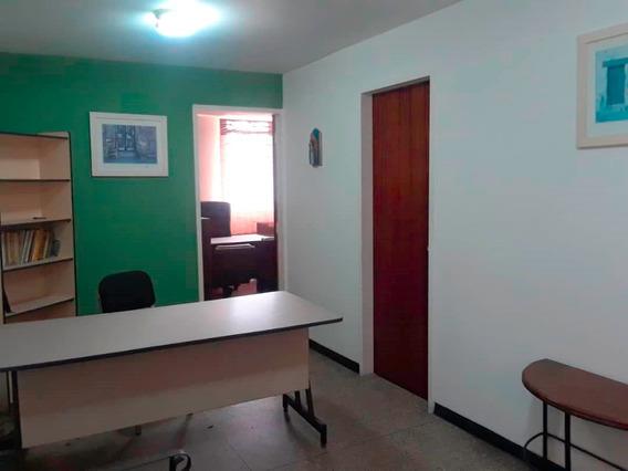 Oficina En Venta En Centro Barquisimeto #20-23616