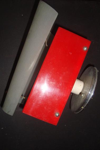 Luminária De Parede, Anos 60, Acrilico Vermelho E Vidro