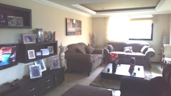 Apartamento En Venta En El Bosque 20-8371 Ac