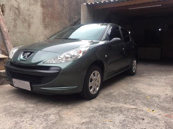 Peugeot 207 1.4 X-line Flex 4 Portas Baixa Quilometragem