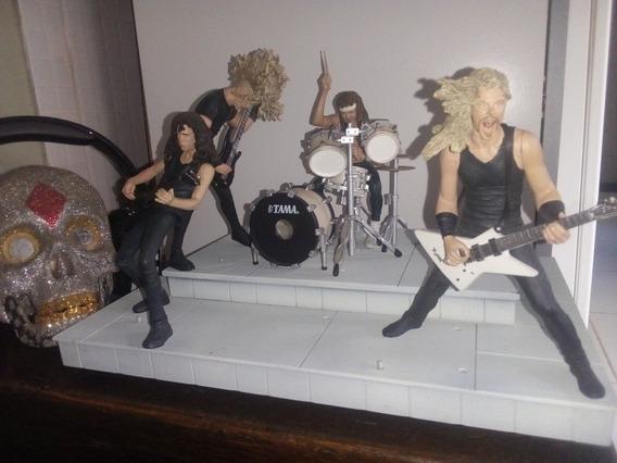 Bonecos Metallica