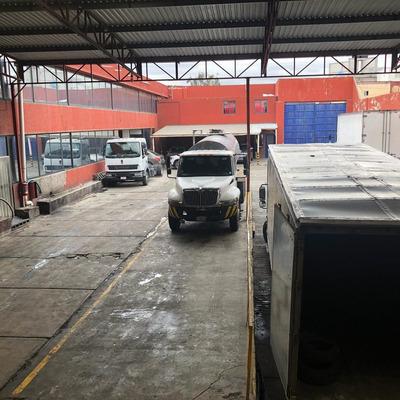 Bodega Industrial A Tres Cuadras De Zaragoza