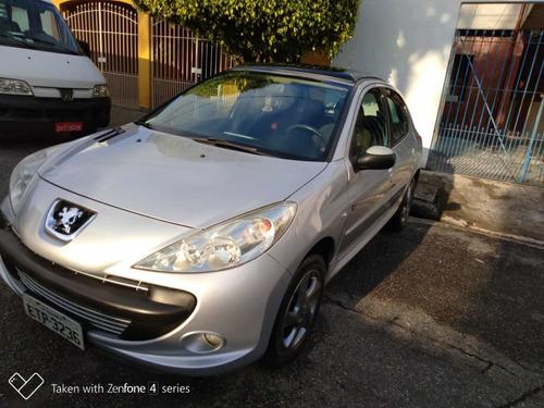 Peugeot 207 2011 1.4 Quiksilver Flex 5p