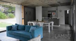 Venta Y Alquiler Casa En Costa Esmeralda,barrio Deportiva