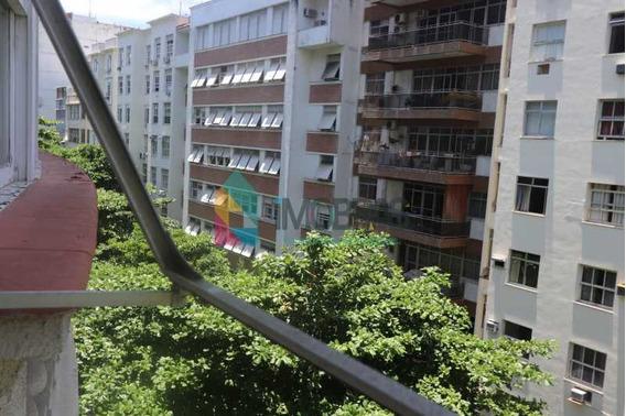 Apartamento Em Copacabana Próximo Ao Metro! - Cpap30748
