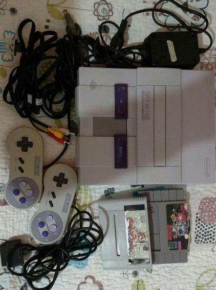 Nintendo 2 Manetes ,2 Cartuchos ,fonte Original,cabo Av.