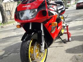 Suzuki Gsx- R750