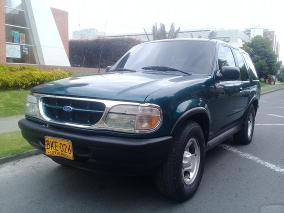 Ford Explorer Aventura