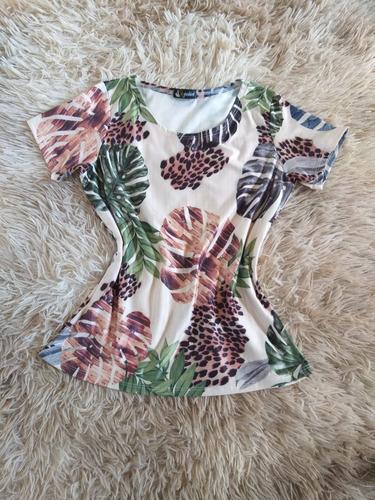 Imagem 1 de 1 de Blusa Blusinha T-shirt Listrada Moda Feminina Evangélica