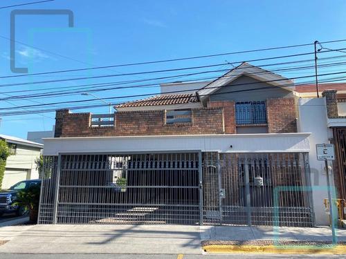 Imagen 1 de 10 de Casa En Venta Fuentes Del Valle Zona San Pedro Garza García