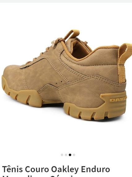 Sapato Oakley