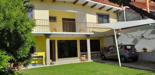 Casa Comercial En Lomas De Atzingo / Cuernavaca - Maz-87-cc