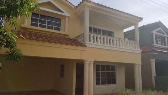Casa En San Isidro Venta O Alquiler