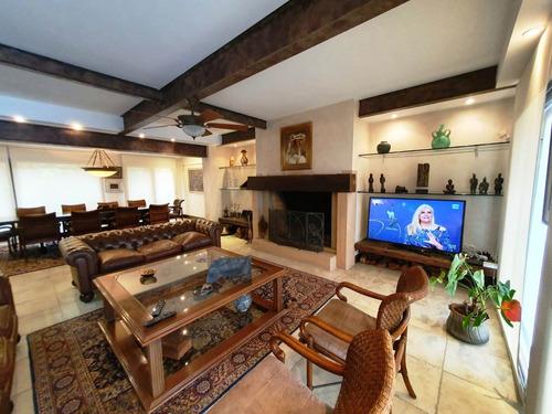 Ascensor Vista 5 Dormitorios 6 Baños Parrillero  Garage