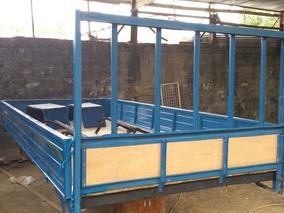 Cama De Camión Daihatsu Azul Cara Ancha 2010.