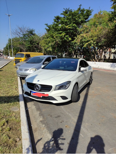 Imagem 1 de 15 de Mercedes-benz Classe Cla 2016 1.6 Urban Turbo Flex 4p