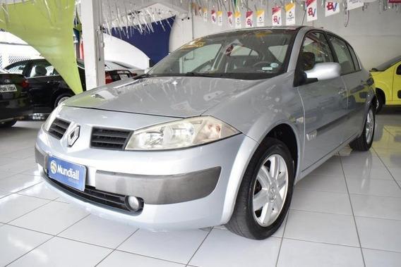Megane Sedan 2.0 Dynamique Sedan 16v Gasolina 4p Automático