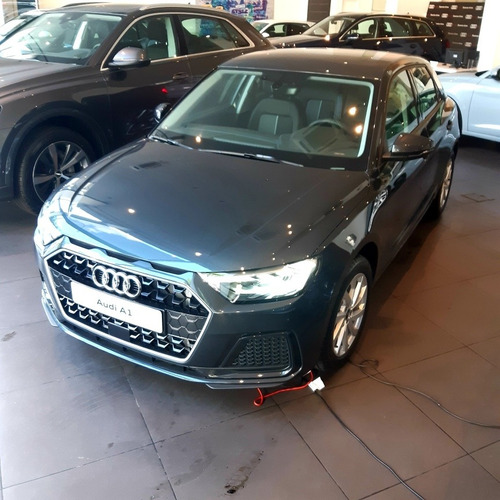 Imagen 1 de 15 de Audi A1 Sportback 2021 Usado 0km Nuevo 2019 2020 A3 Q3 Q2 Q5