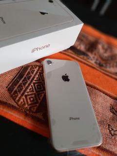 Celular iPhone 8 Gold