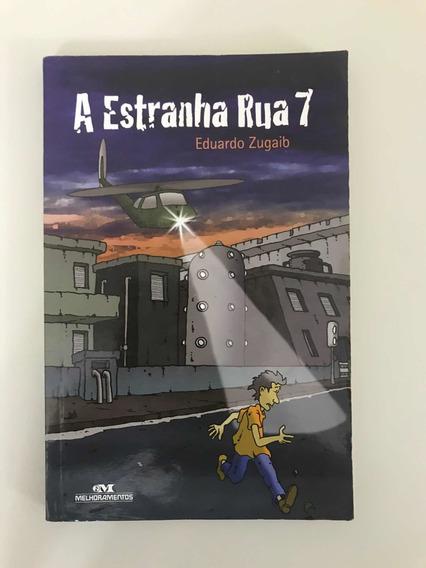 Livro A Estranha Rua 7