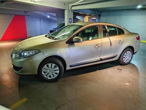 Renault Fluence 1.6 L 16 V Confort 2011 (jwn185)