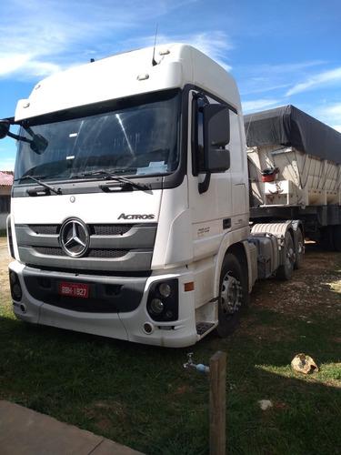 Imagem 1 de 11 de Mercedes Bens 2646