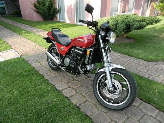 Honda Sabre V-45 750 Cc Super Original De Coleccion