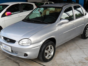 Chevrolet Corsa Sedan 1.0 Wind Milenium 4p