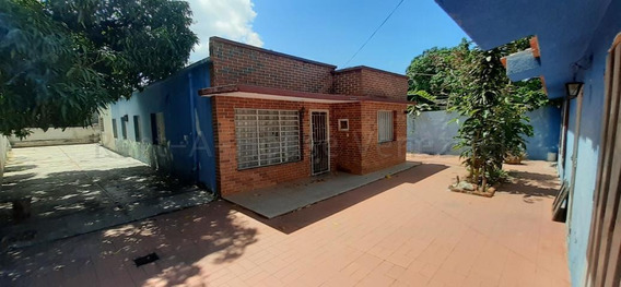 Casa En Venta Centro Rahco