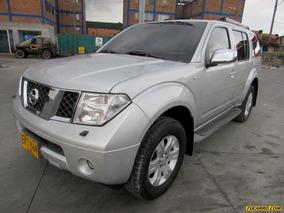 Nissan Pathfinder Wagon