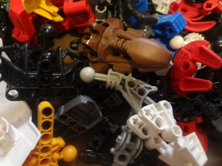 Lego Bionicles Por 1/2 Kilo