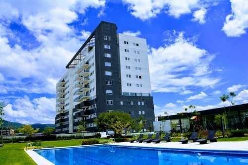 Lomelin Br | Departamento En Renta | 3 Habitaciones + Balcon | Life Juriquilla | Departamento En Renta