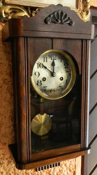 Antiguo Reloj De Pared Con Péndulo La Esmeralda Funciona
