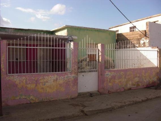 04146954944 Cod-20-3913 Casa En Venta Centro De Coro