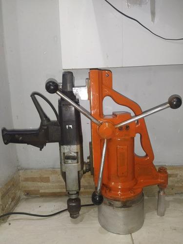 Alugo Furadeira Bosch Com Base Magnética