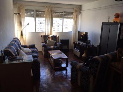 Vendo Apartamento 3 Dorm Y Garage. Piso Alto.contrafrente