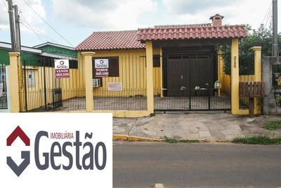 Casa / Sobrado Com 03 Dormitório(s) Localizado(a) No Bairro Olaria Em Canoas / Canoas - G3043