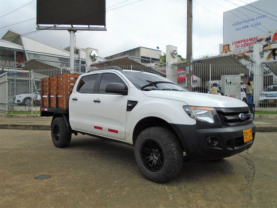 Ford Ranger Doble Cabina De Estacas 2.200