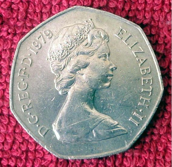 50 New Pence - Elizabeth Ii