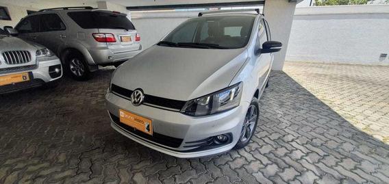Volkswagen Fox Run 2017 - 1.6 Flex - Impecável!