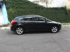 Ford Focus 1.6 S Hatch.